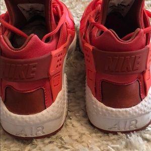 Nike Shoes - Women's Nike Huarache